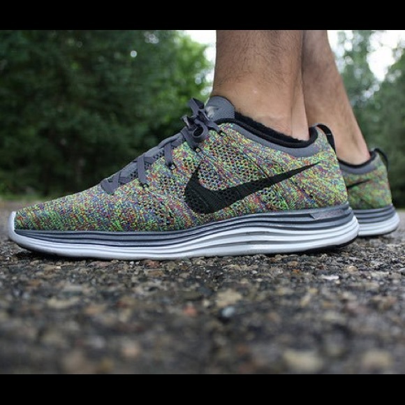 look for genuine shoes arriving Nike flyknit Lunar 1 multicolor